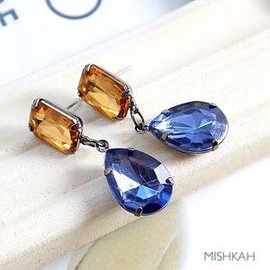 Just In🎉Beautiful yellow & blue Acrylic earrings